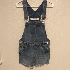 Brandy Melville overall shorts